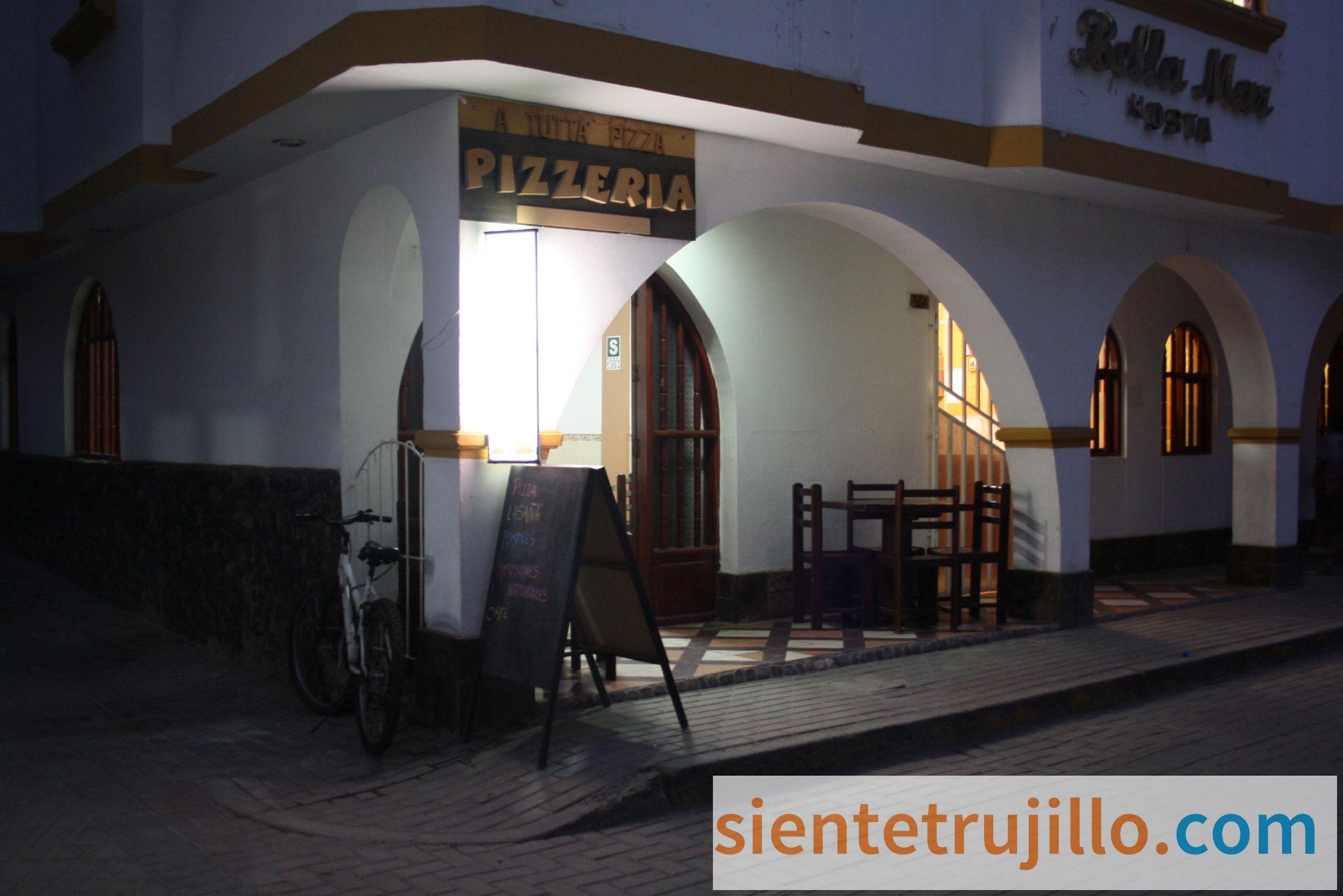 Exteriores de la Pizzería A Tutta Pizza