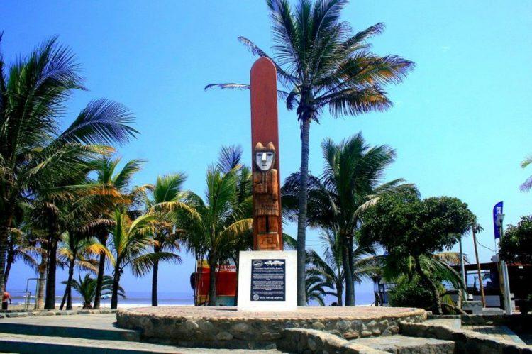 surf en Huanchaco