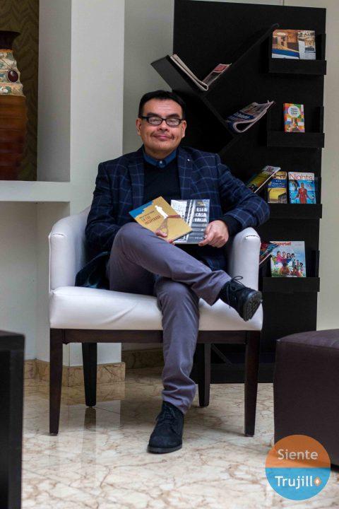 escritor Marco García Falcón