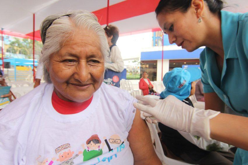 Vacunación MIDIS