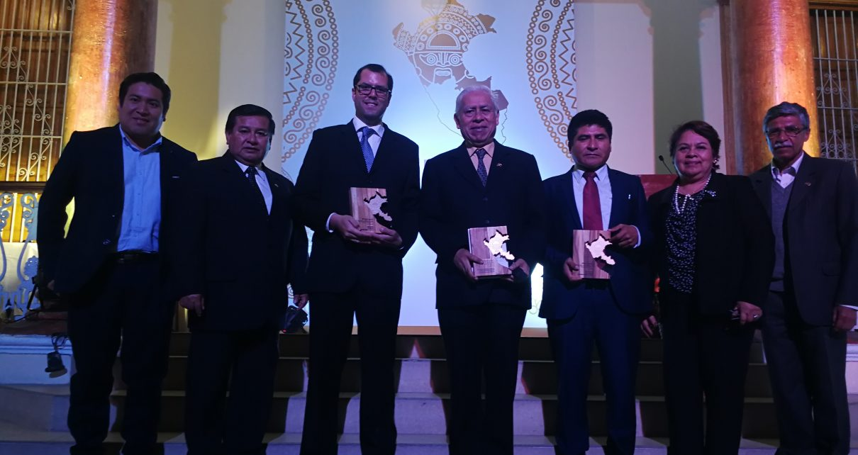 Premio Excelencia Elsevier