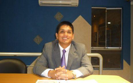 Docente de la UNT Rafael Paredes Tejada