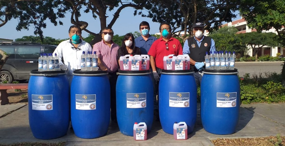 desinfectar las calles de Trujillo