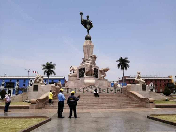 plaza de armas de Trujillo