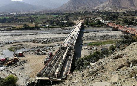 puentes en La Libertad y Cajamarca