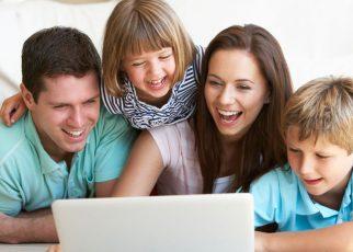 felicidad en redes sociales